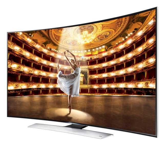 Curved TV vs. Flat Screen - Ezfinanzas